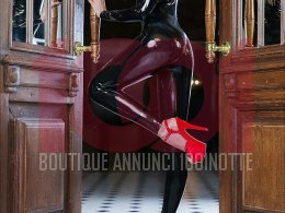 Vittoria - high class bdsm and fetish escort courmayeur,Courmayeur,Valle d'Aosta, +32494943287 ,Escort Mistress