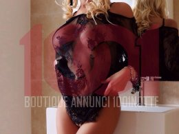 Escort Parma - luxury Maria Glam hot MILF